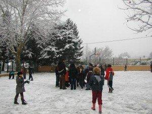 Neige à l'école P1010002-300x225
